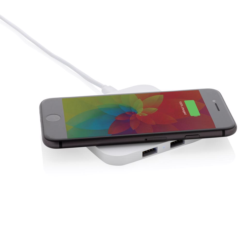 iPhone 8 and up). Older phones can be charged via the two USB ports by connecting a cable. Smooth ABS surface optimal for digital print. Only suitable for charging not for syncing. Input: 1A. Output: 5V/1A. Wireless Output: 5W. ; Type-C Input: 5V/2A and 9V/1.67A; Micro USB Input: 5V/2A and 9V/1.67A; Wireless Output: 9V/1.1A (10W) and 5V/1A (5W); USB Output: 5V/1A. . Including 120 cm PVC free TPE micro usb cable